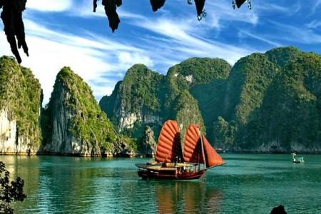 Hà Nội - Tràng An - Vịnh Hạ Long - Chùa Ba Vàng