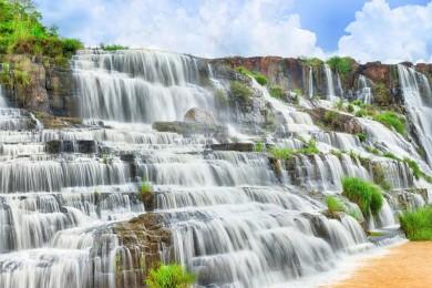 [Đà Lạt] Cầu thang vô cực - Đồi Chè - Hoa Sơn Điền Trang - Vườn Địa Đàng - LangBiang - Thác Pongour