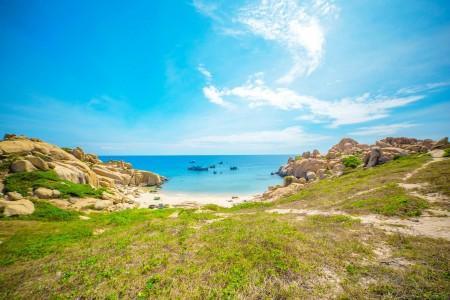 Quy Nhơn - Vịnh Xuân Đài - Bình Định: Đất võ trời văn